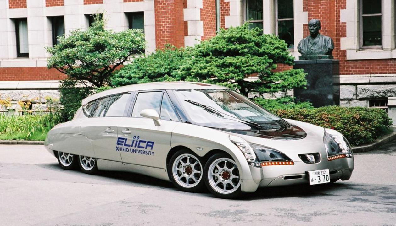 2004年に開発したEliica