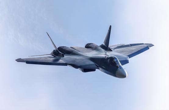 """スホイ57は""""脅威""""か、F-22ラプターの指揮官に聞いた"""
