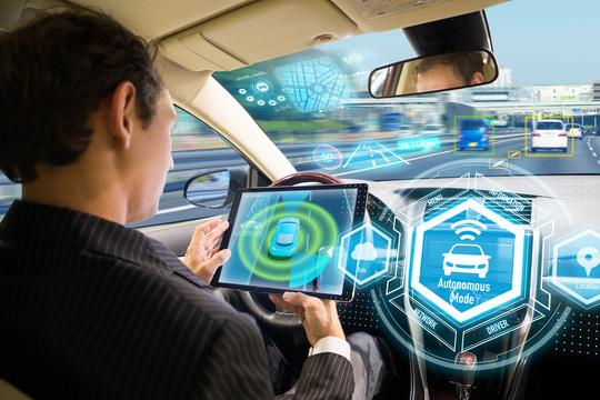 「匠の技」頼みの日本自動車メーカーの危機—— VRでの新車開発でドイツに完敗