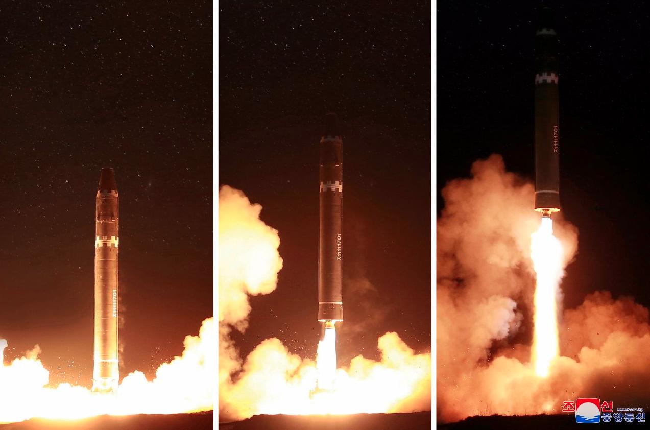北朝鮮のICBM発射実験の様子