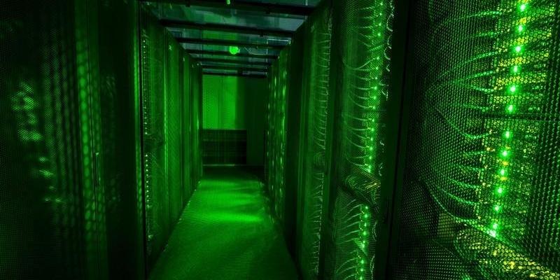 データ保管用サーバー