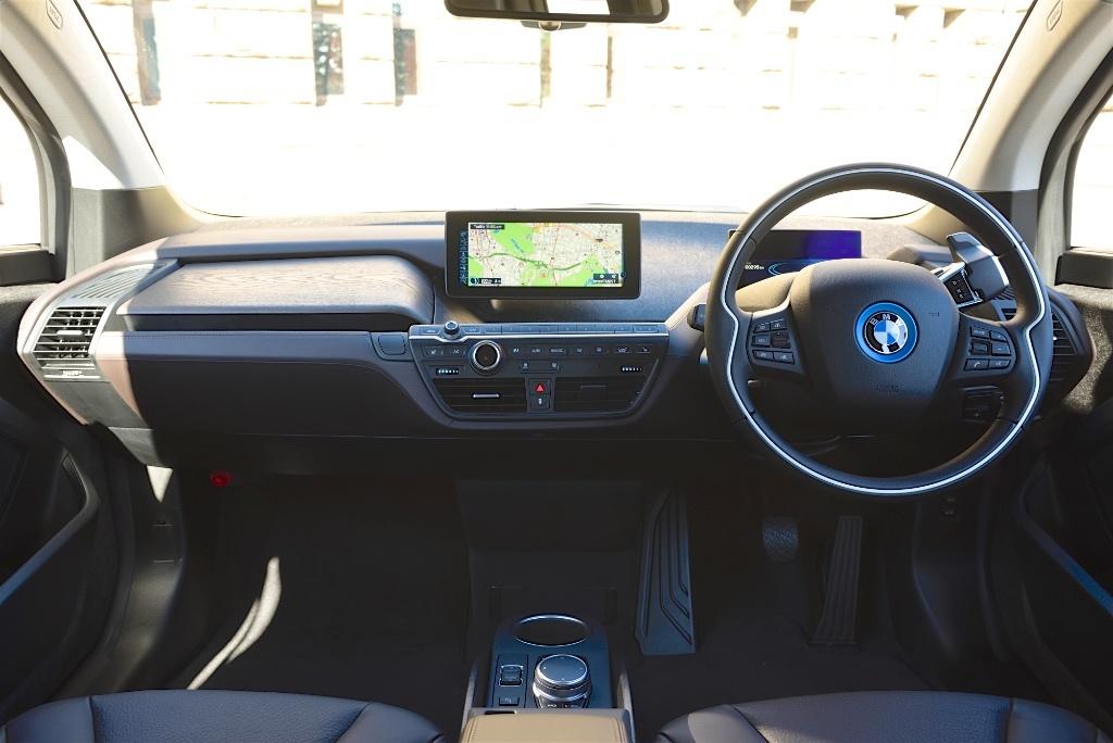 BMWi3-011