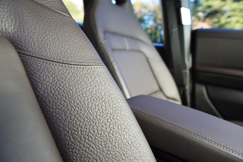 BMW i3の牛革レザーの質感