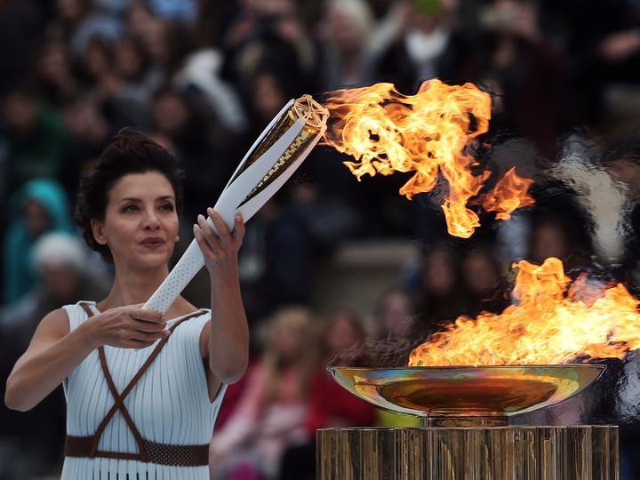 ギリシャで採火された聖火