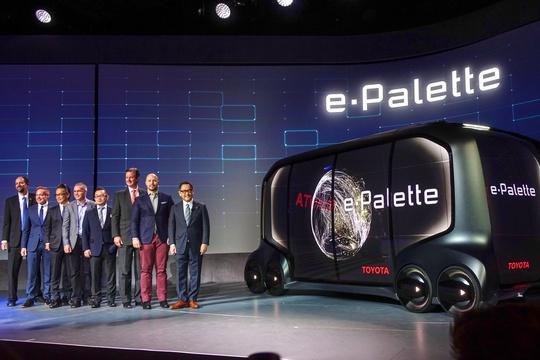 トヨタの本気、B2B電気自動車「e-Palette」が凄いと言われる理由 —— アマゾン、Uber、中国DiDiが参画:CES2018