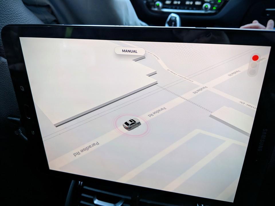 マニュアルモードで運転中の画面