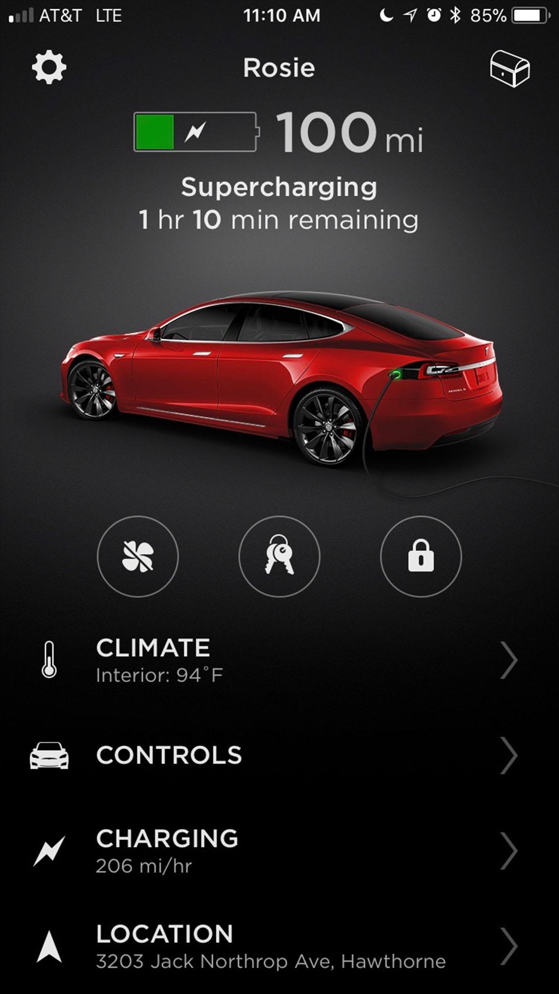 テスラアプリの画面:航続距離100マイル