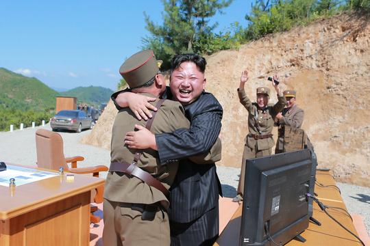 先制攻撃するなら、金正恩氏の専用トイレを狙え —— 軍事専門家が指摘