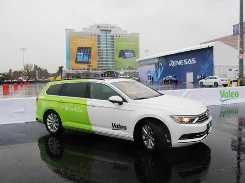 大雨の中でも、駐車場でも……いま自動運転の最新動向はここまで来た:CES2018