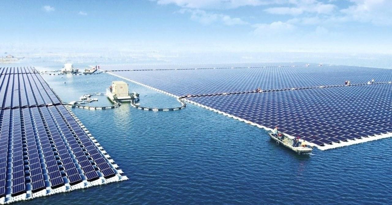 水上太陽光発電所
