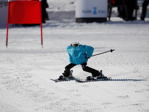 ロボット・スキー大会、平昌オリンピック会場の近くで開催