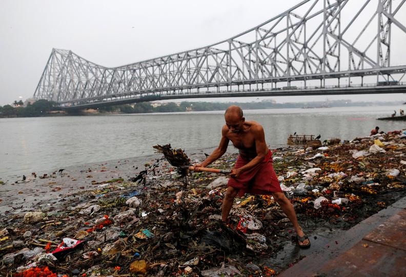 それでも4億人の飲み水に? 聖なるガンジス川で進む、驚くべき水質汚染 ...