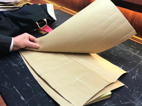 スーツのパターン(型紙)