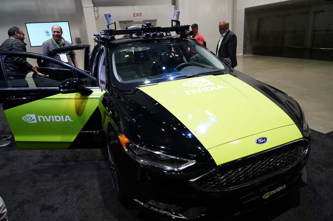 GTCの展示会場に展示されていたNVIDIAの自動運転車