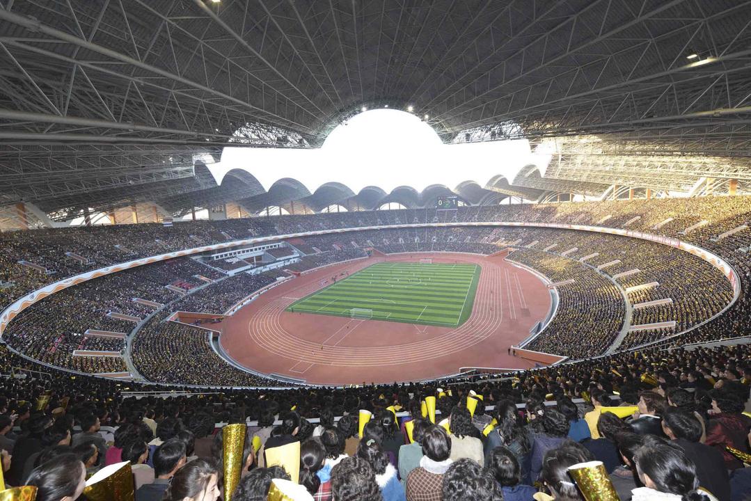 世界で最も大きなスタジアム ト...