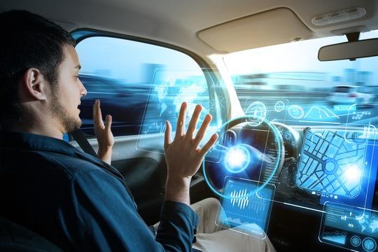 手はハンドルに」では何のため。事故相次いだ自動運転の本質を問う ...