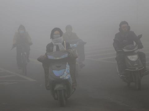 大気中のCO2濃度が過去80万年で最高レベルに:健康や環境に大きな懸念