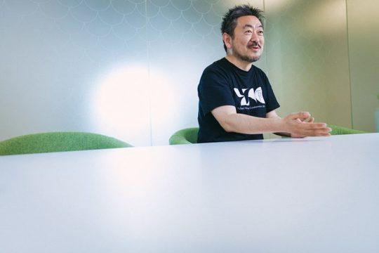 インタビューに答える伊藤さん