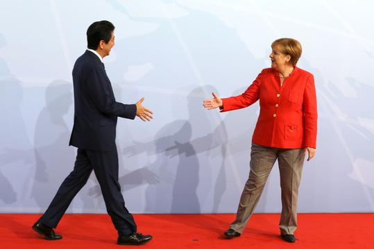安倍首相とアンゲラ・メルケル独首相