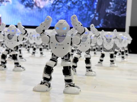 たくさんのロボット