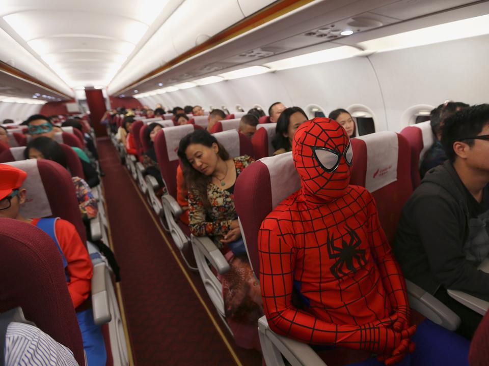仮装した乗客
