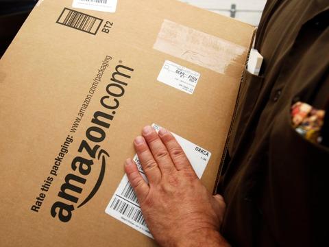 アマゾンは、配送トラックに偽物の荷物を仕掛けていると情報提供者はBusiness Insiderに語った。
