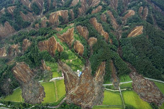 地震 厚真町 北海道
