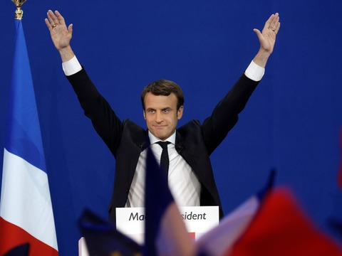 french-millennial-swamped-with-20-job-offers-after-macron-told-him-to-just-go-find-a-job