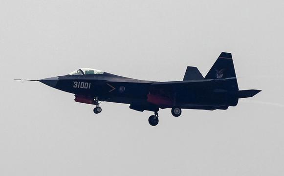 中国のJ-31