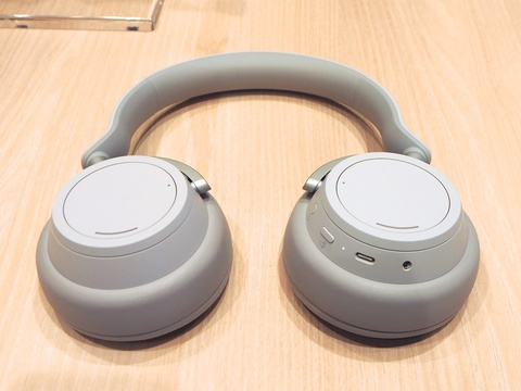 surfaceheadphones010