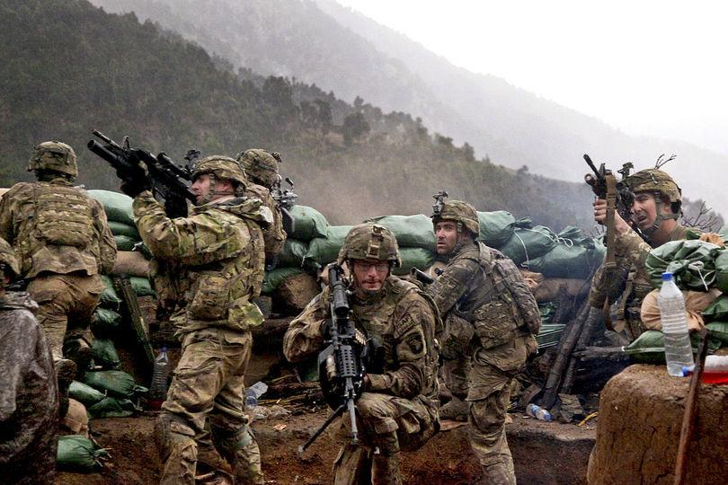 戦闘員、民間人、ジャーナリスト…… 少なくとも50万人がイラク戦争と ...