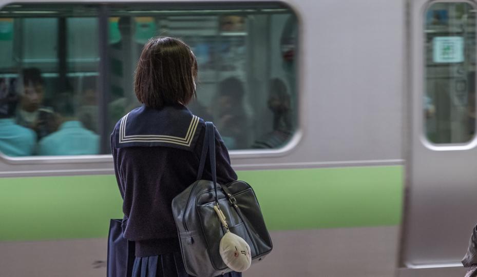 画像 痴漢 AirDrop痴漢!? 電車内で「見知らぬ人」が送ってきた画像を開いたらこうだった