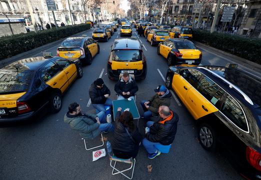Uberストライキの運転手たち