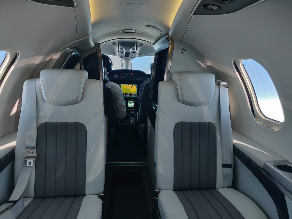 ホンダジェット エリート(HondaJet Elite):客室のシート