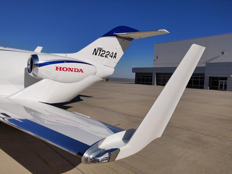 ホンダジェット エリート(HondaJet Elite):主翼