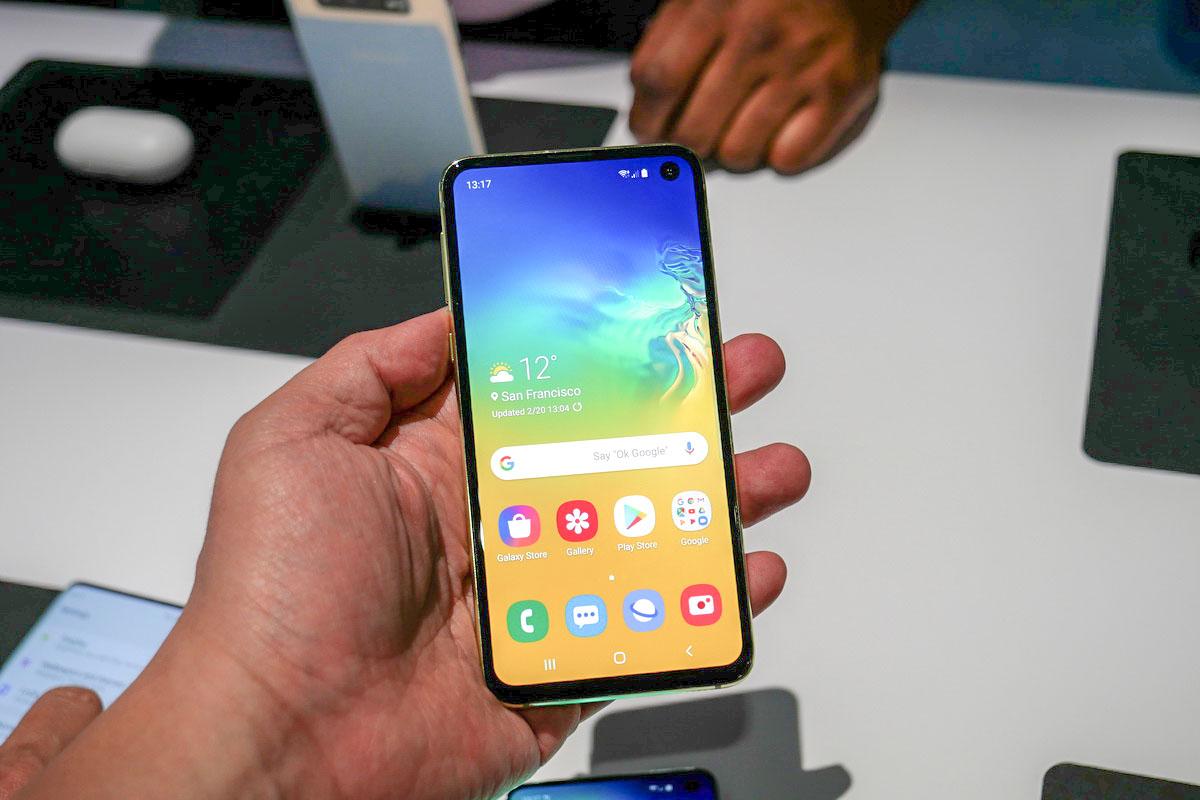 "21a2e194365d6 Galaxy S10eは""高止まり""するスマホ業界を変えるか? ── 世界シェア1位 ..."