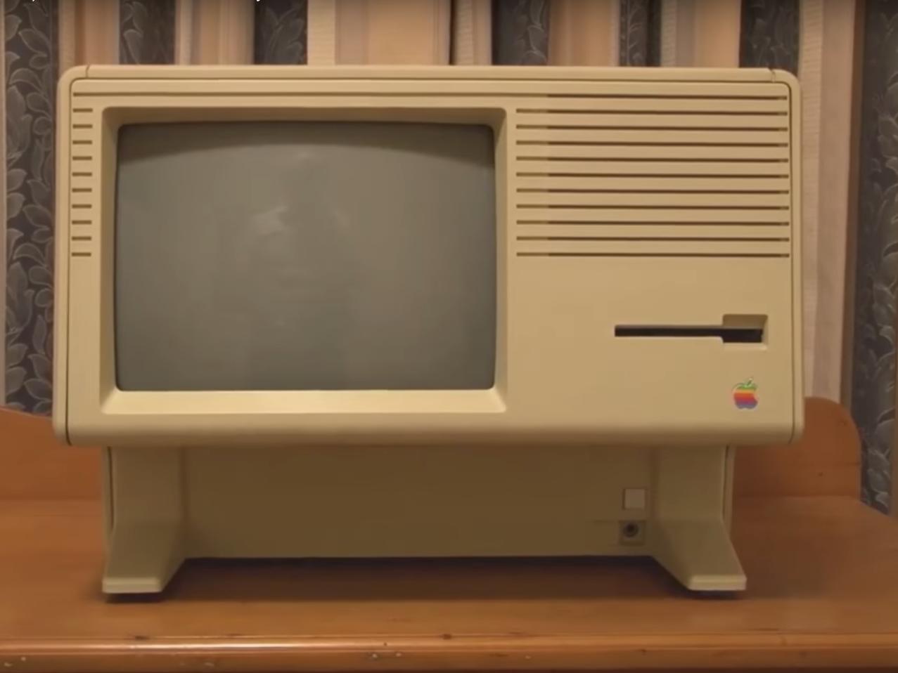20位 Macintosh XL(1984年)、3995ドル