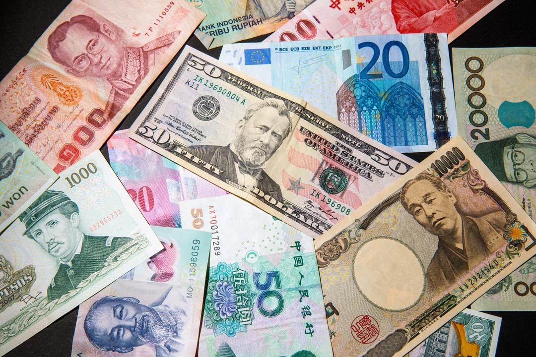 米ドルなど各国通貨の紙幣。