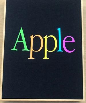 昔のアップルロゴ。