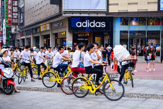 街角の自転車