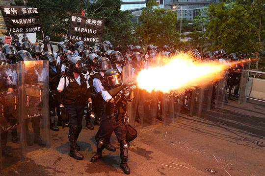香港 デモ