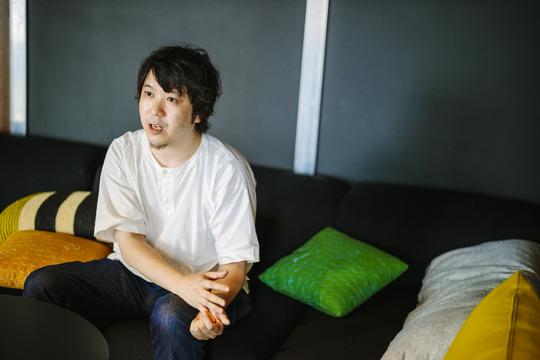 小野さん左向き