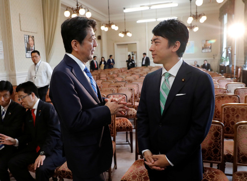 進次郎と安倍首相