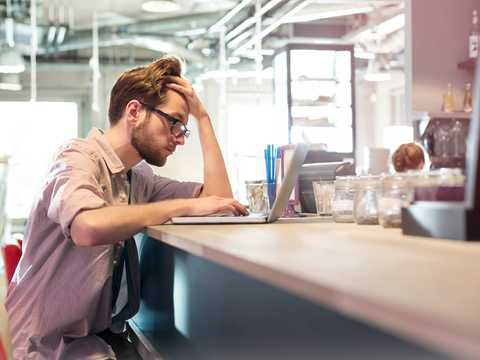 調査によるとミレニアル世代の半分が、心の不調で離職した。