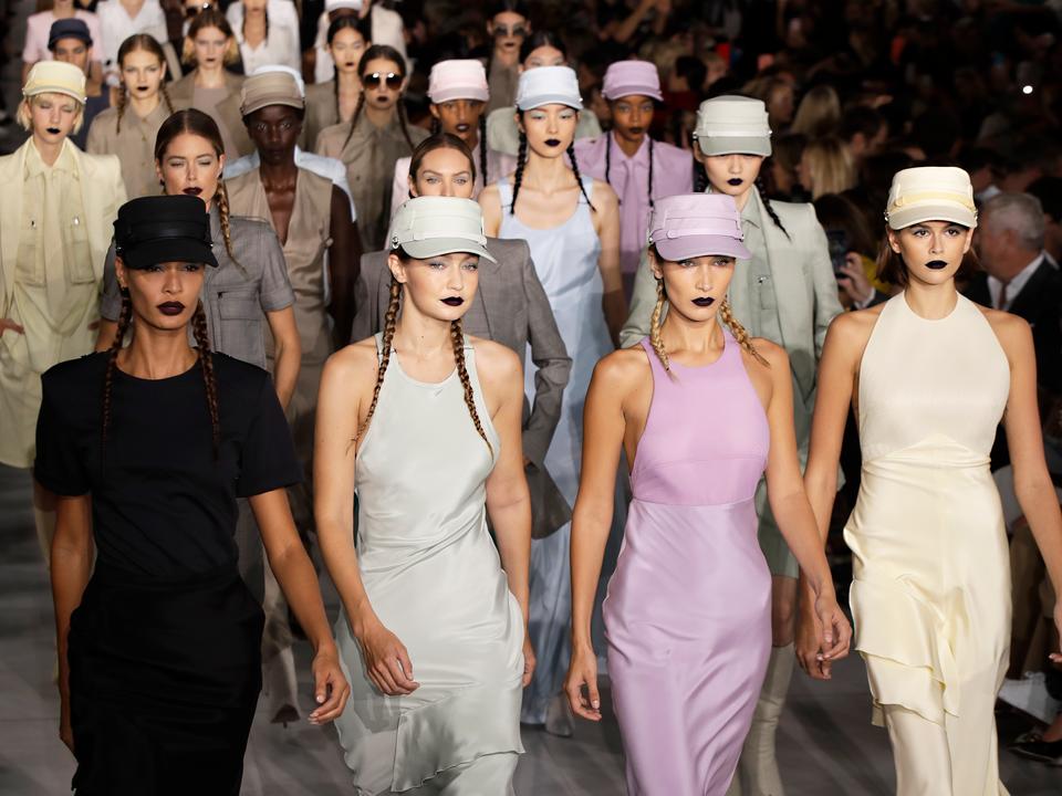 マックスマーラ、2020年春夏コレクション。ミラノ、イタリア。2019年9月。