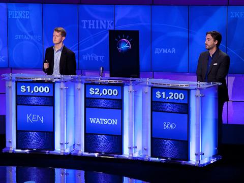 アメリカのクイズ番組「ジェパディ」。人間に混じってWatsonが出場。