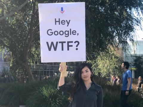 2018年11月、ストライキに参加したグーグル社員の女性。
