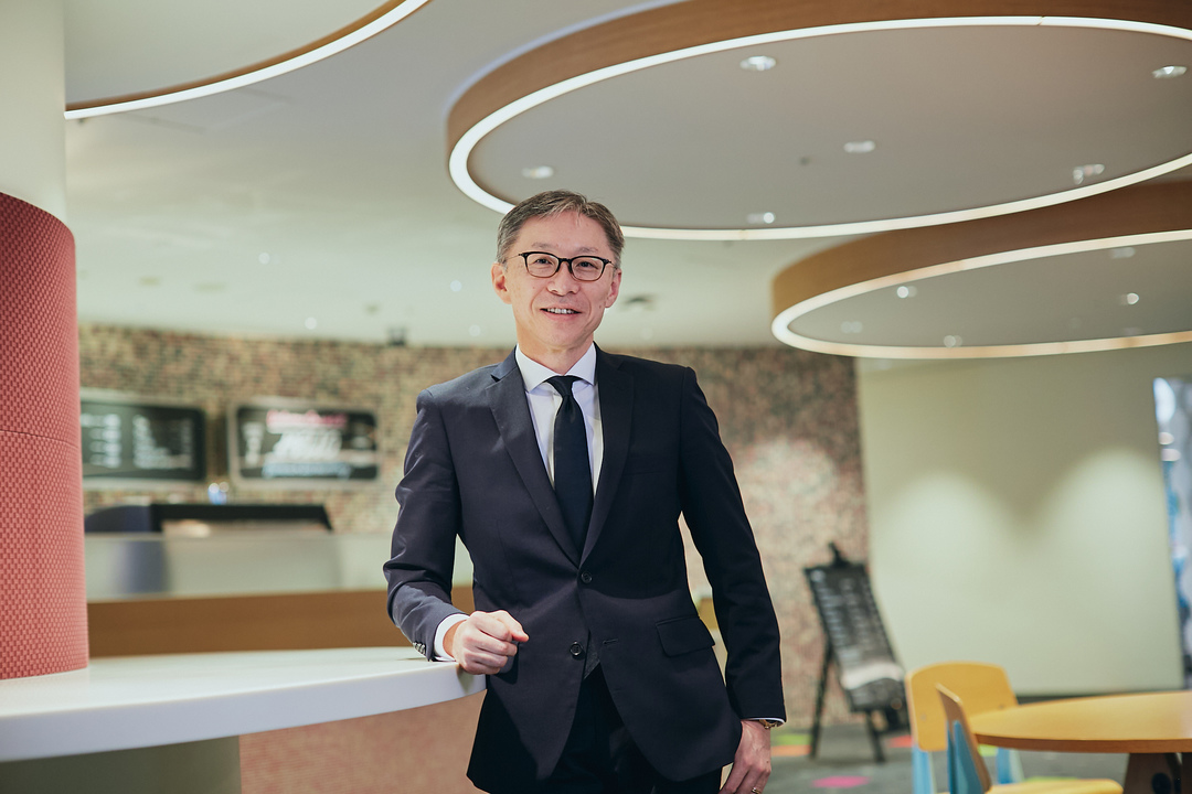 小柳津篤氏の写真