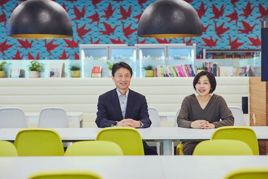 対談するBoxJapan古市氏とBIJ統括編集長の浜田敬子