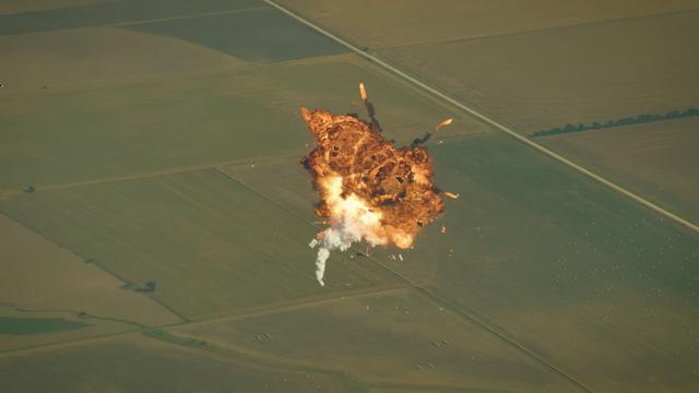 爆発 ロケット 宇宙産業